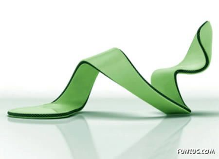 eeddc1bfd4 Here are some of the most creative and weird high heeled shoes! From a shoe  with no sole to a shoe with two heels and even shoes with inverted heels!