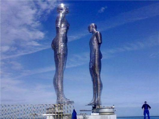 Metal Sculptures Of Love