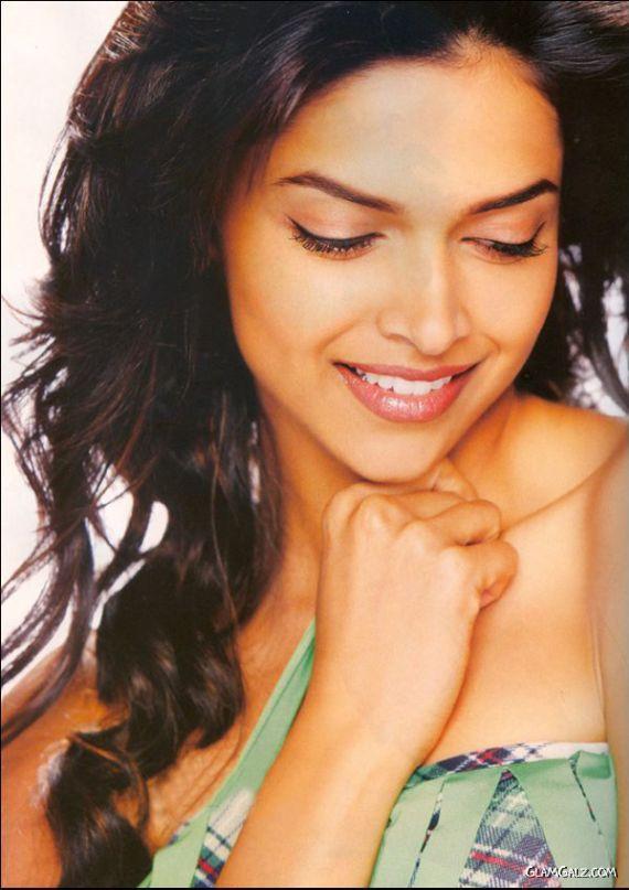 Deepika Padukone Gracing Up Filmfare Mag