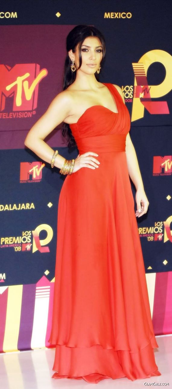 Kim in Red at MTV Latin America Awards
