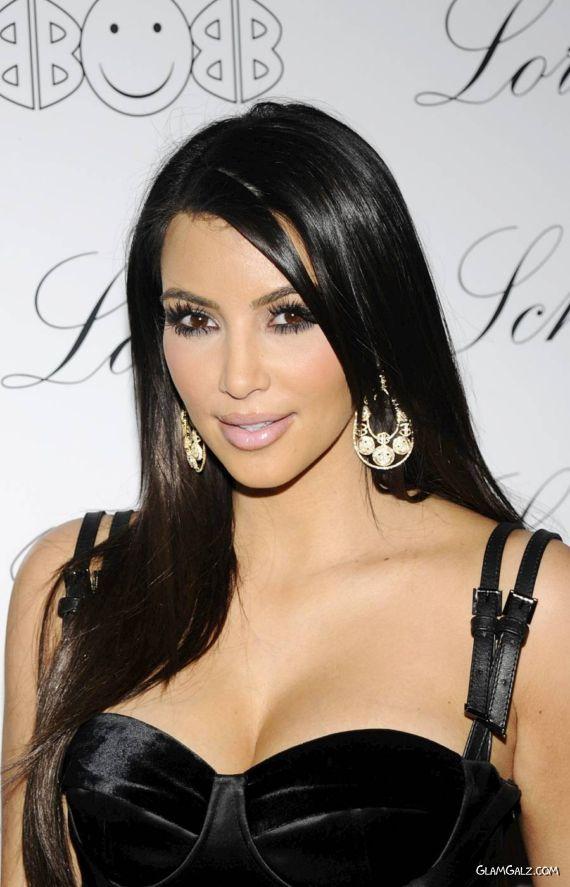 Miss Kardashian in Black For 2B Happy