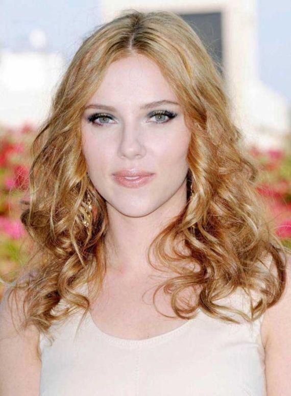 Scarlett Johansson Covers Glamour Mag