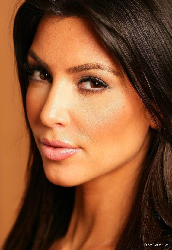 Lovely Kardashian Latest Shoot