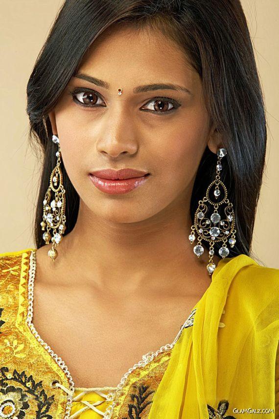 Hyderabadi Girl Varsha Reddy