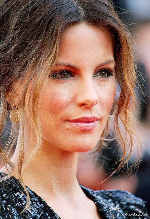 Kate Beckinsale At at Premiere