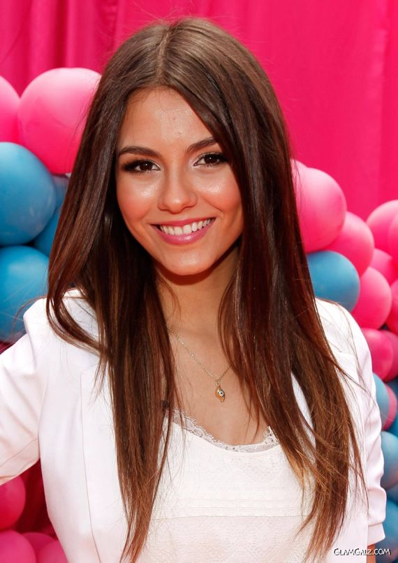 Victoria Justice at iParty with Victorious Screening