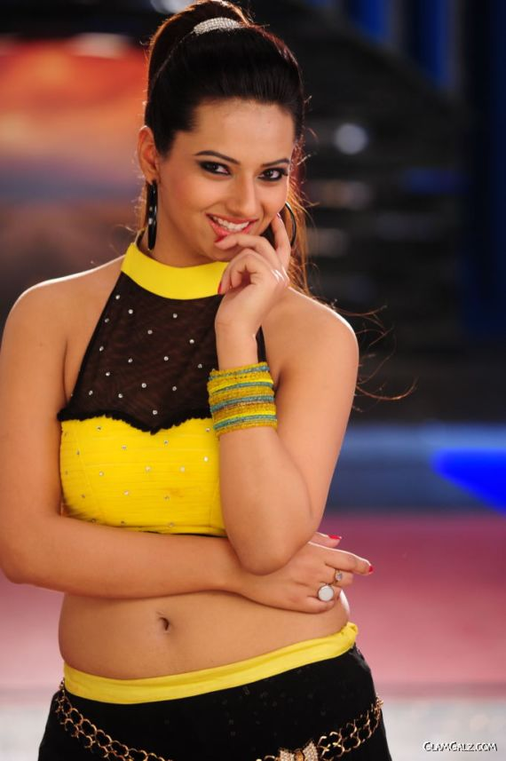 Isha Chawla's Stills From Her Movie