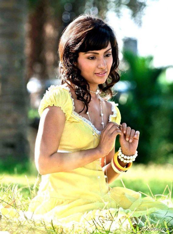Beautiful Sapan Saran Photoshoot