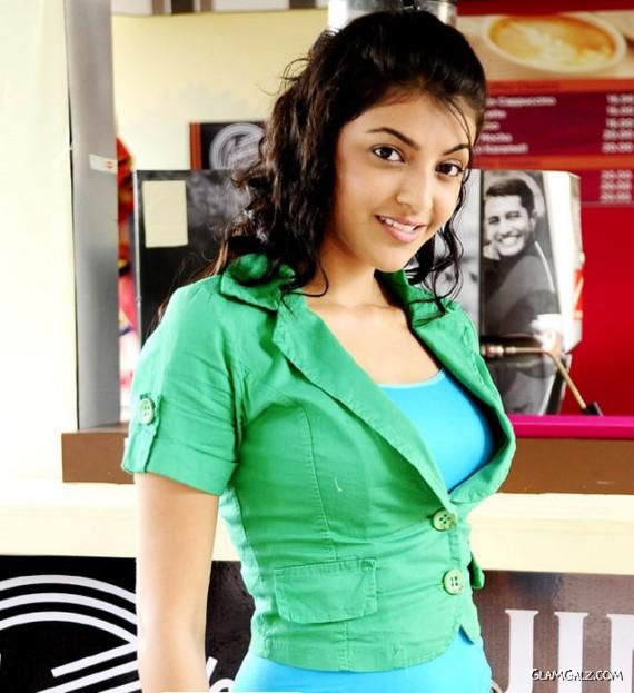 Spicy Indian Actress Kajal Agarwal