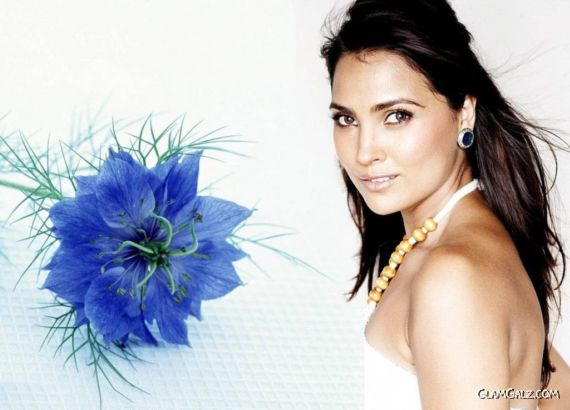 Click to Enlarge - Beautiful Lara Dutta Wallpapers