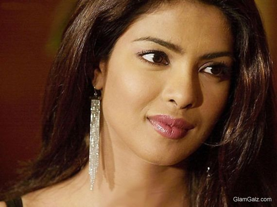 Click to Enlarge - Gorgeous Priyanka Chopra Wallpapers