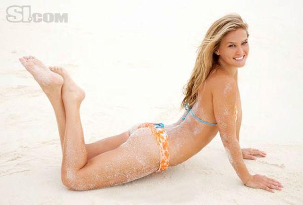 Bar Refaeli Sports Illustrated 2010 Swimsuit Photoshoot