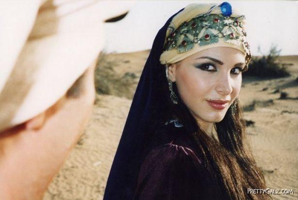 Most Beautiful Arabian Galz