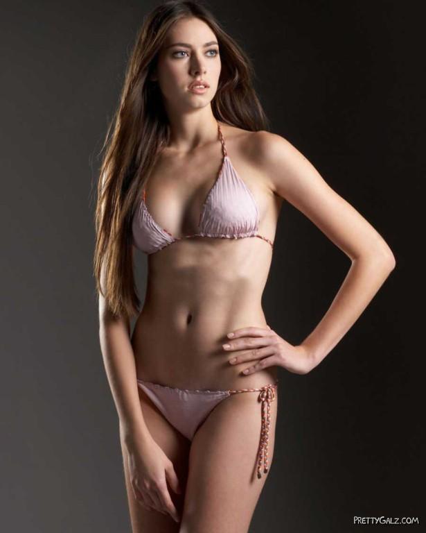 Brazilian Fashion Sensation Bruna Hort