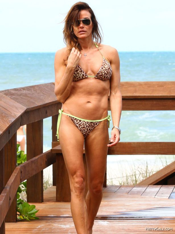 Kelly Bensimon Loves Bikini