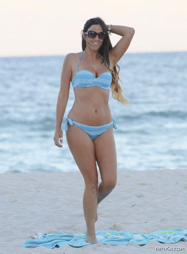 Claudia Romani In Bikini On The Beach