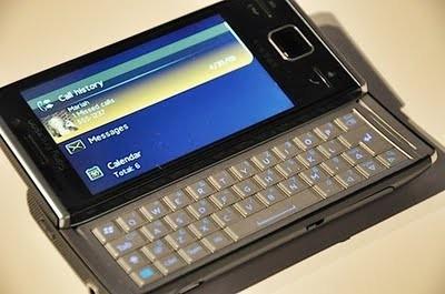 Sony Ericsson Xperia X2 Phone